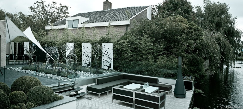 Dutch Garden Architecture and Photo Decor