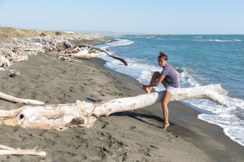 Nadia tests the log