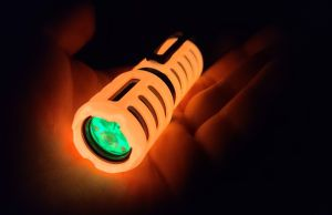 yellowday energy glow wreck-it custom flashlight
