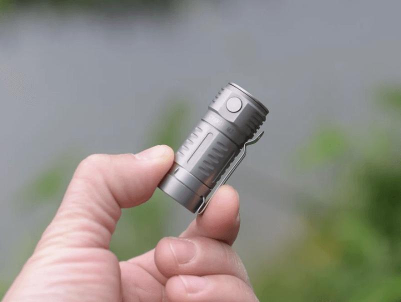 Cyansky M3 titanium 16340 flashlight