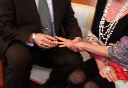 Nieuw type bruidsfotograaf: de mamarazzi