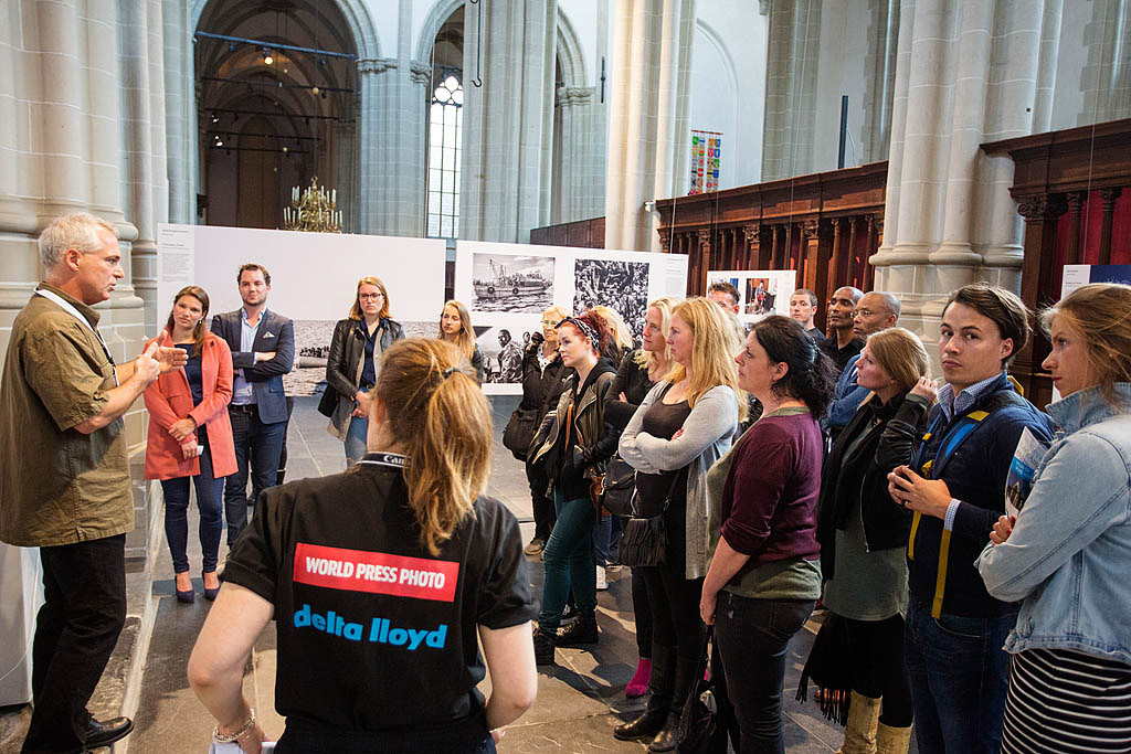 Record-bezoek bij World Press Photo in de Nieuwe Kerk