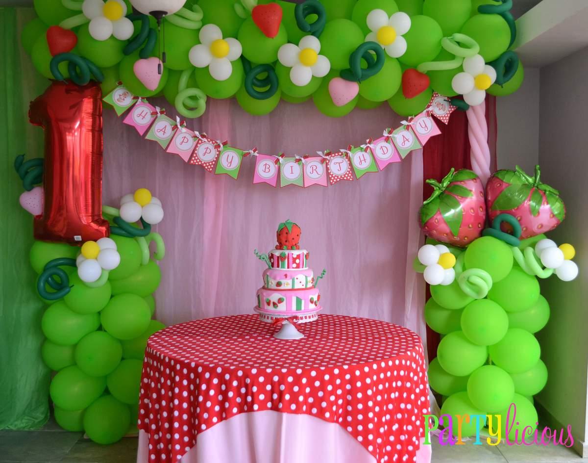 Strawberry Shortcake Birthday Party Ideas Photo 1 Of 24 Catch My Party