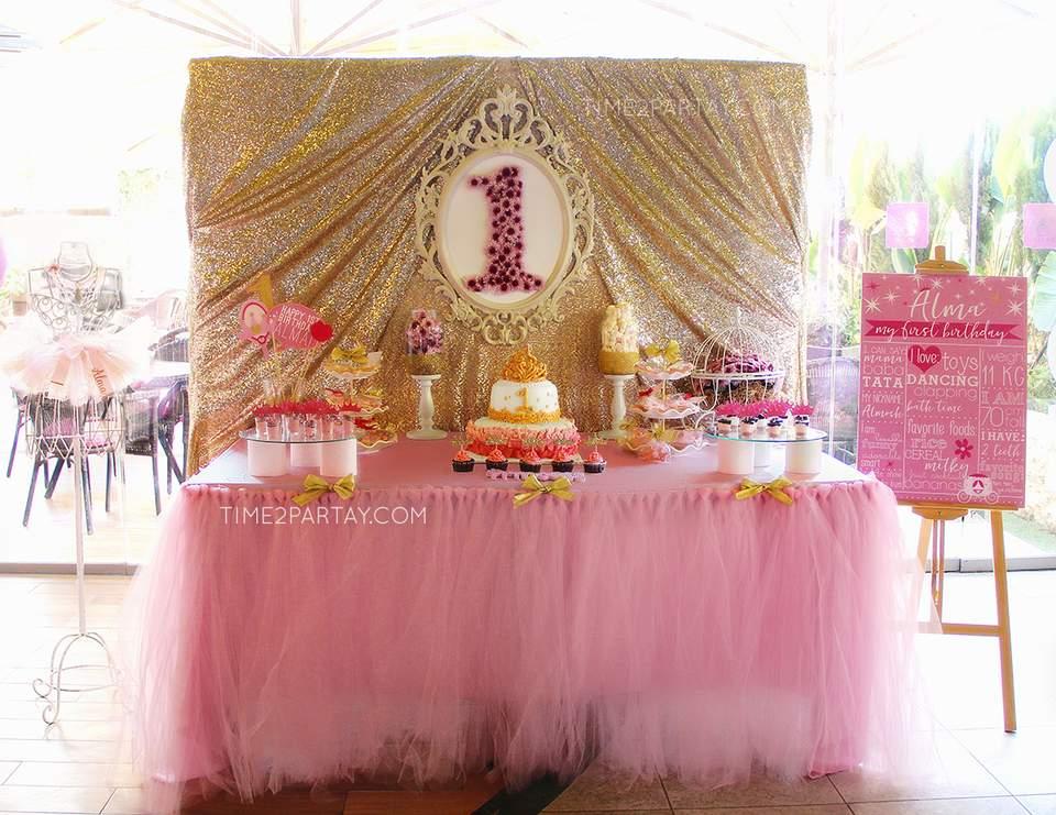 Princess Birthday Alma S Princess Themed First Birthday Catch My Party