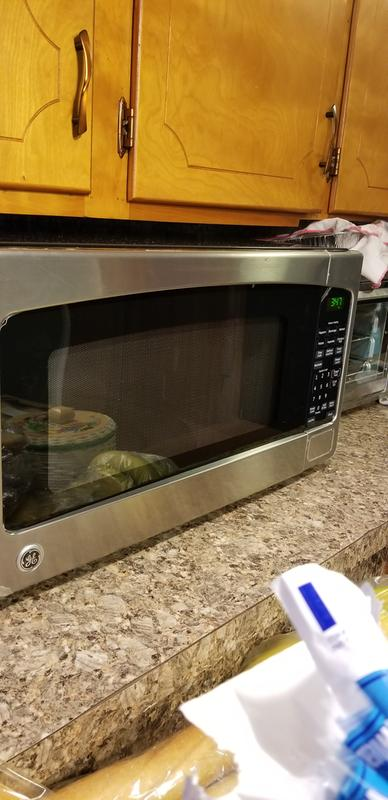 Ge 2 0 Cu Ft Capacity Countertop Microwave Oven Jes2051dnww