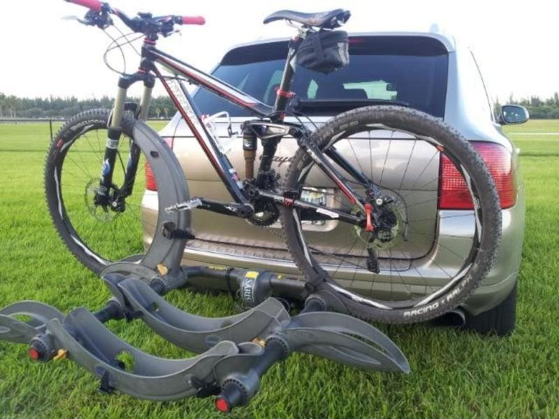 saris 3 bike rack hitch