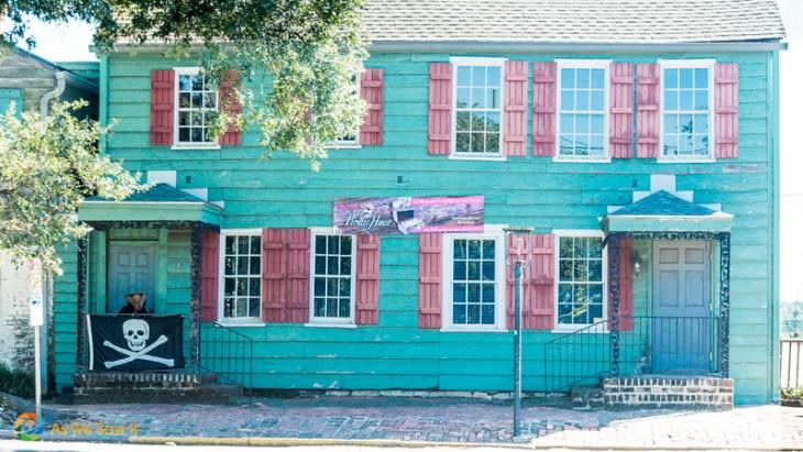 Pirate's House, a landmark Savannah restaurant