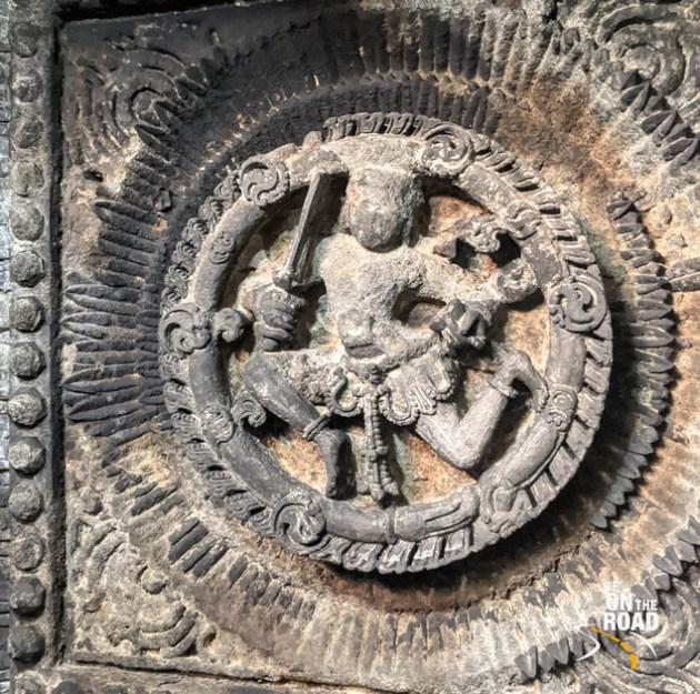 Dancing Shiva on the ceiling of Lakshmi Devi temple, Doddagaddavalli
