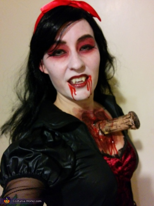 Female Halloween Costume Scary Ideas