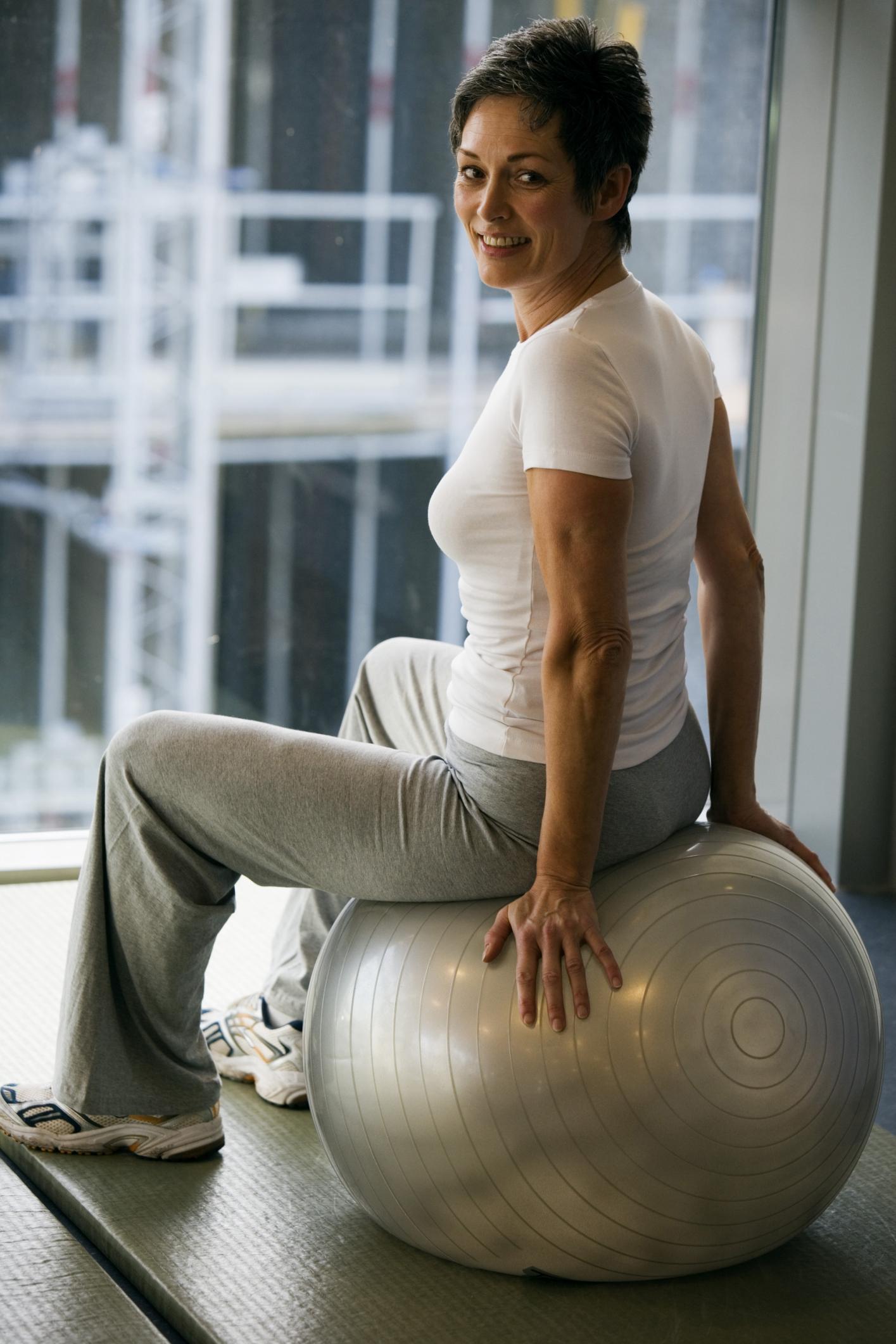 Stomach Slimming Exercises For Older Women