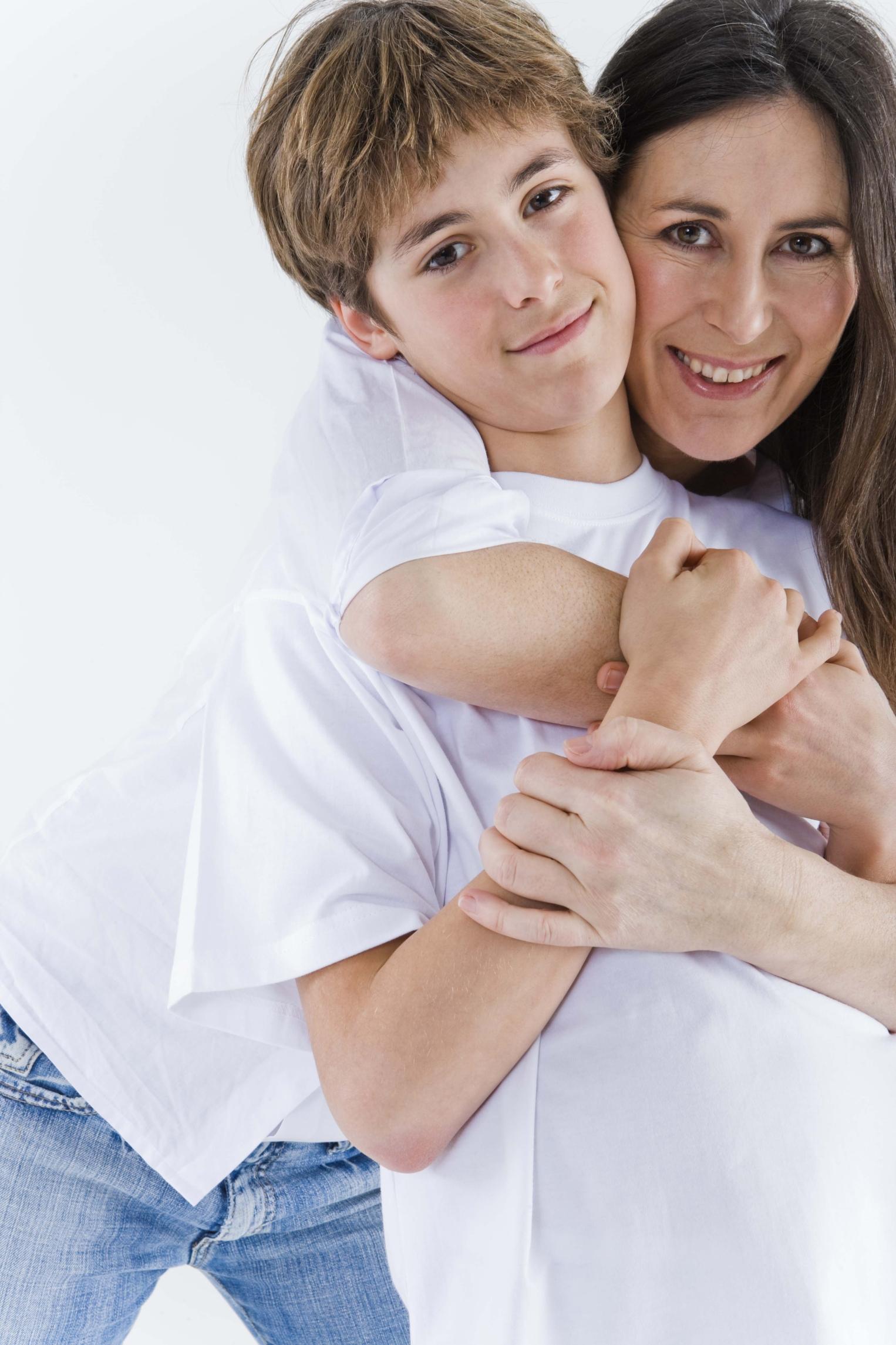 Authoritarian And Authoritative Parenting Styles