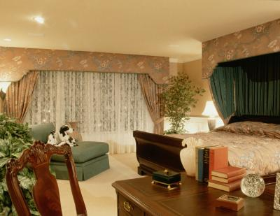 how to decorate walls with curtains