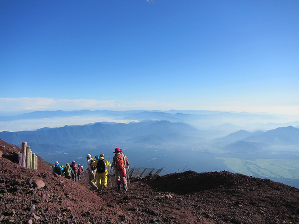 The slippery and dusty way down from Mount Fuji.