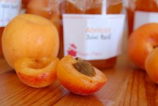 Abricot frais pour cuisiner de la confiture