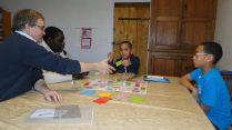 Jeux pour découvrir la vie des frères et Soeurs pour les plus jeunes