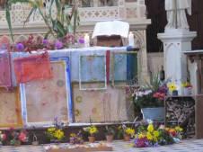 19-autel-avec-hotel-a-insectes