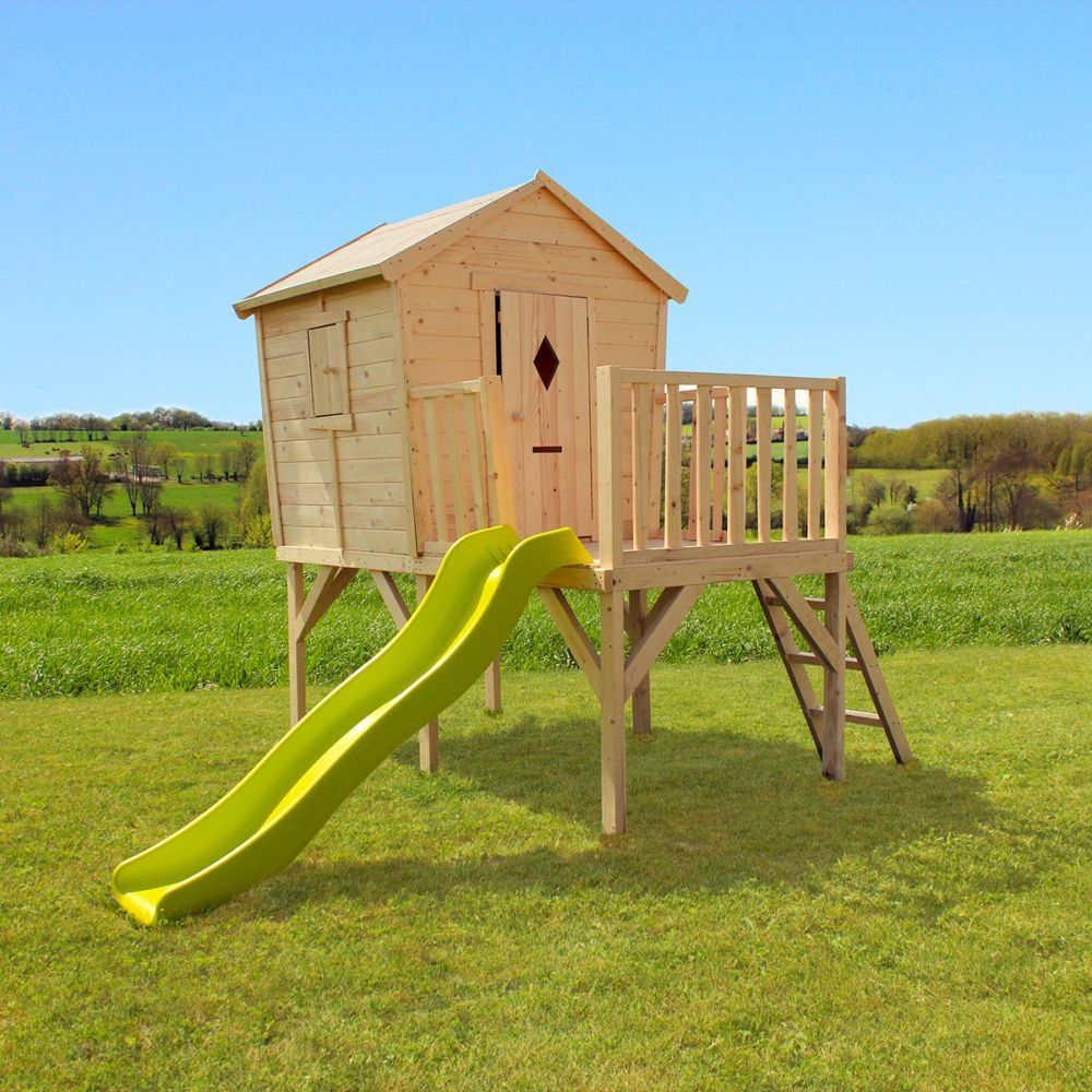 cabane enfant bois sur pilotis avec toboggan pauline