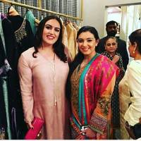 Bakhtawar Bhutto Zardari with sister