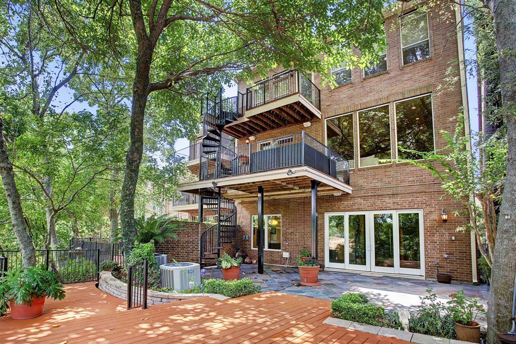4736-5  Post Oak Timber Drive