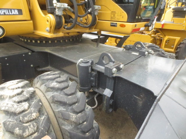 20 Foot Depth Reach Excavator