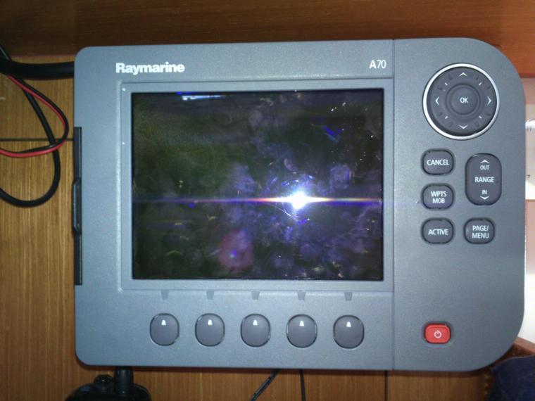 Raymarine A70 GPS Plotter Electronics 65575 INautia