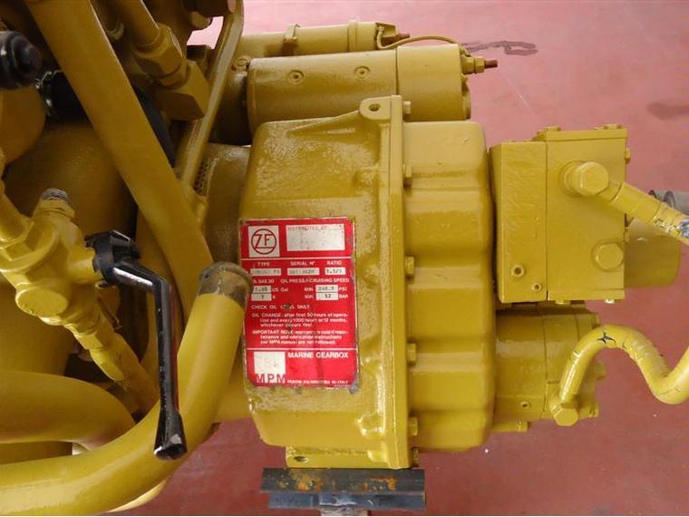 Motores Marinos Caterpillar CAT 3208 Second Hand 49655 INautia