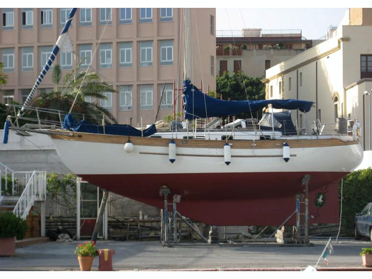 Young Sun Westwind 35 Hans Christian Type In Pto Palermo
