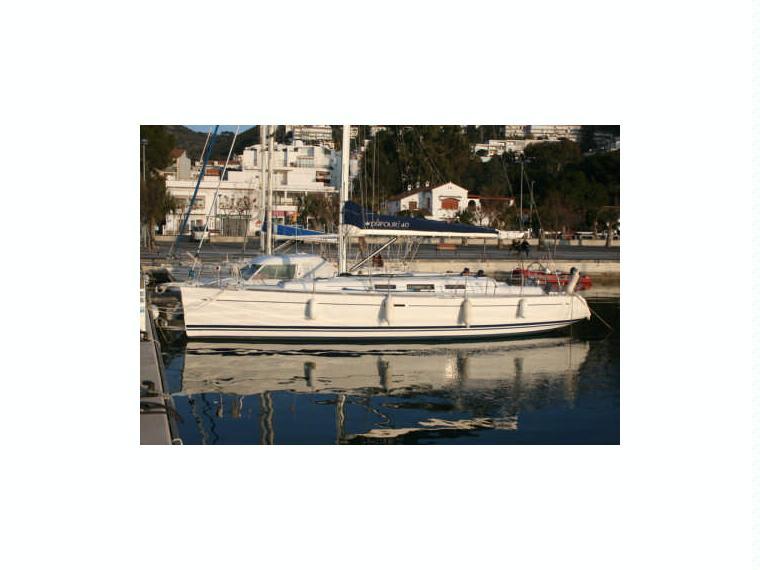 DUFOUR 40 En Port Port Vendres Voiliers De Croisire