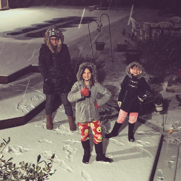 @meagansternberg got the kids out of bed for a pajama-snow party (because she's the best mom) ❄️ ❄️ ❄️