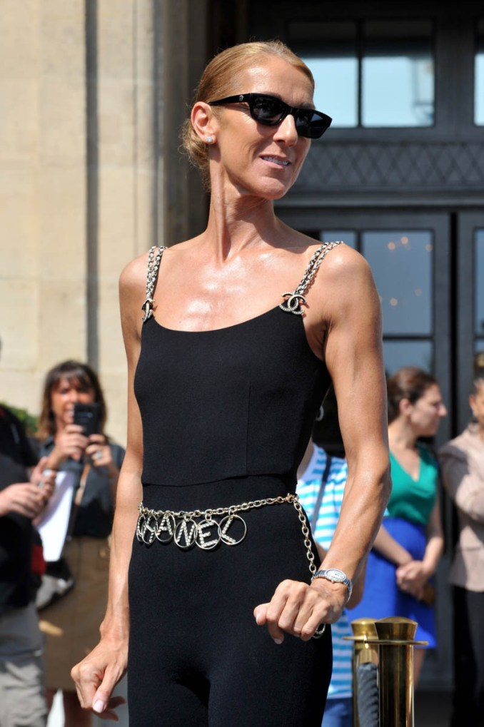 Queen of all the feelings, Celine Dion, arrives in Paris