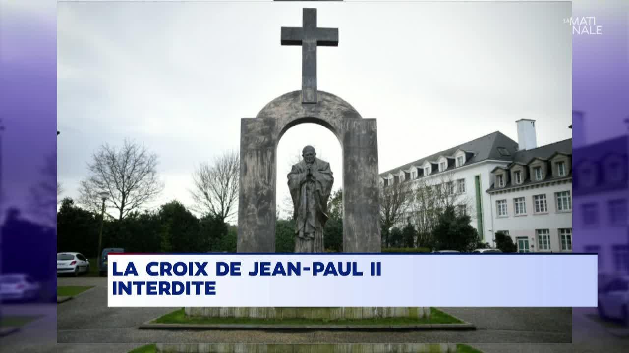 """Résultat de recherche d'images pour """"pape jean paul 2 croix"""""""