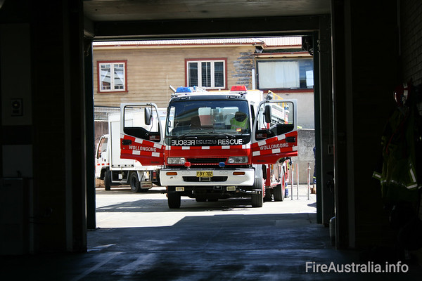 NSWFB R503 Wollongong Heavy RescuePhoto September 2007
