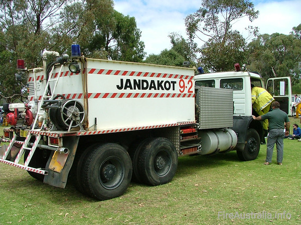 Jandakot BFB 9.2 TankerPhoto October 2004