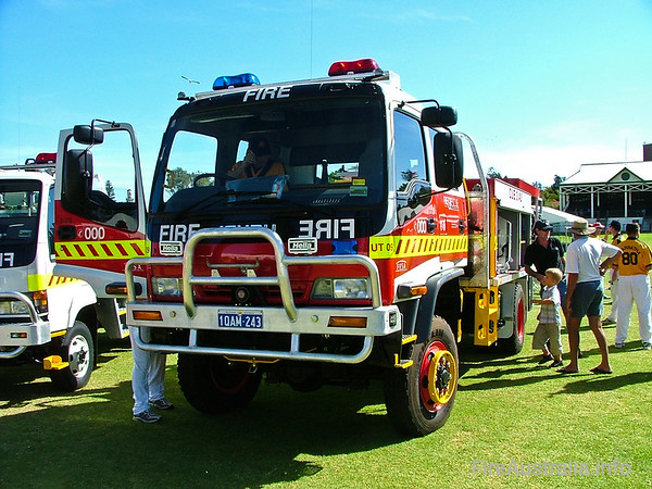 Cue FRS Urban TankerCue's new 3.4U Tanker on display prior to delivery - at the Easter Championships in Fremantle.Photo April 2004