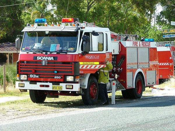 WA FRS DuncraigDuncraig's Heavy Pump at a large scrub fire in Gnangara. Duncraig station was formerly located in and known as Balcatta