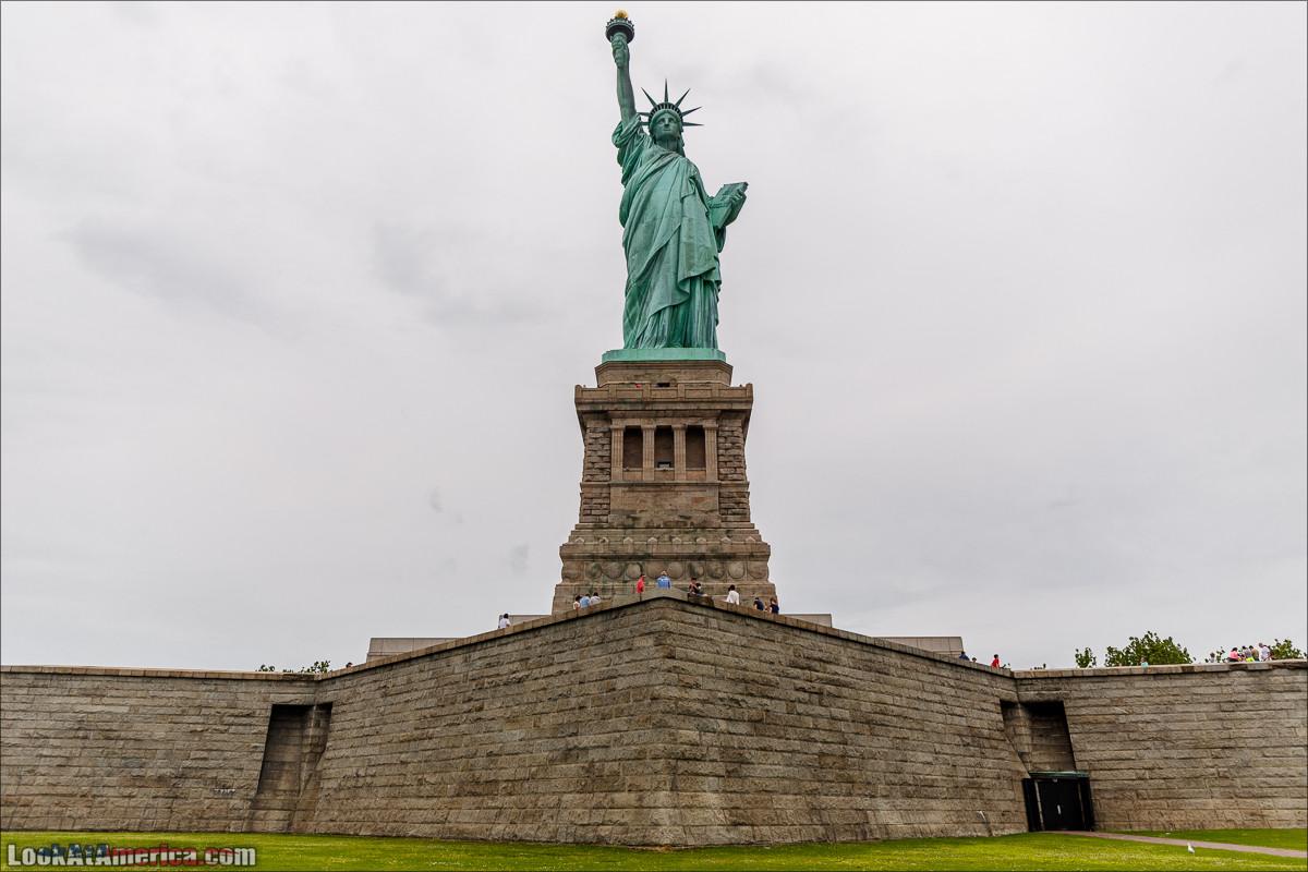 Статуя Свободы на одноименном острове | LookAtAmerica.com - Большое Американское путешествие LookAtIsrael.com