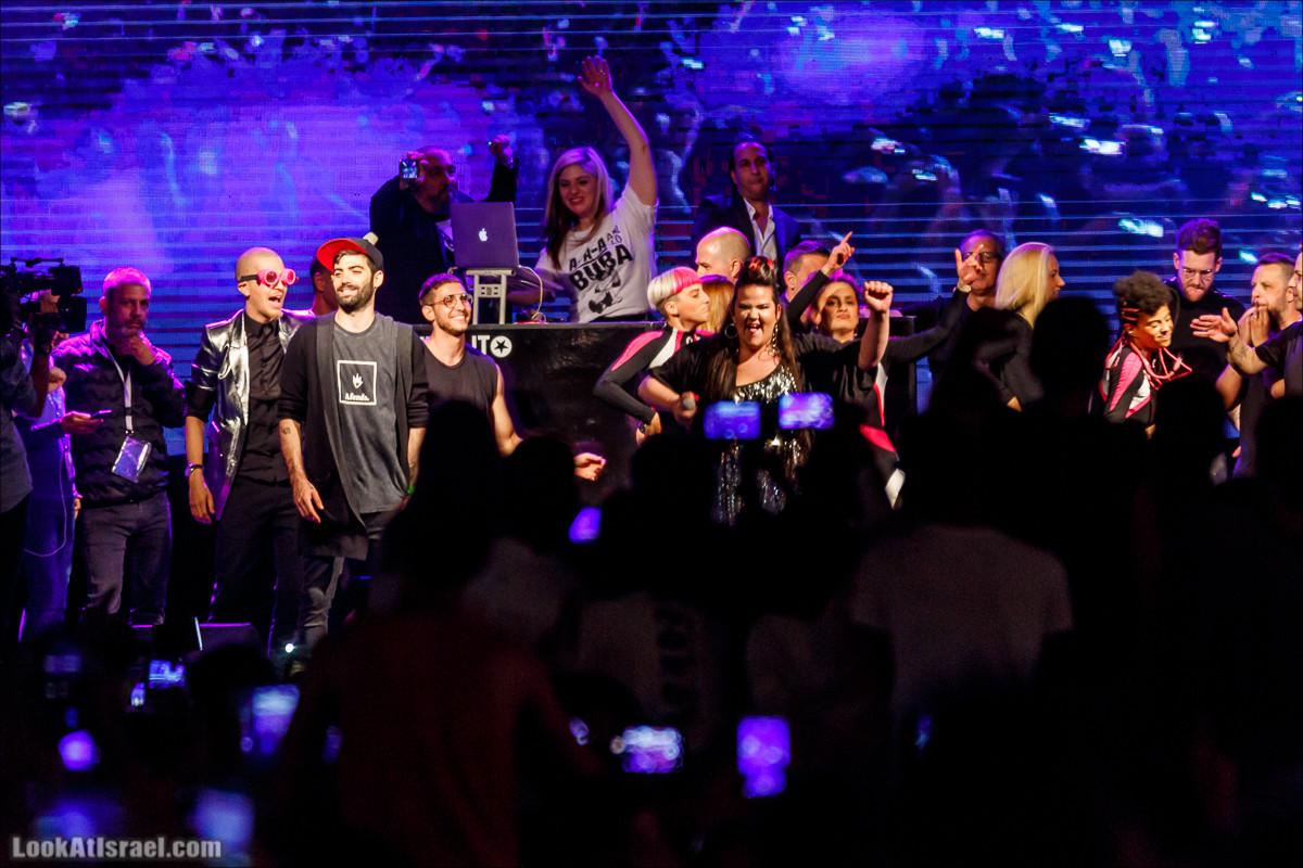 Победительница Евровидения 2018 Нетта Барзилай в Тель-Авив, площадь Рабина | Eurovision 2018 Winner Netta Barzilay in Tel Aviv | נטע ברזילאי בכיכר רבין תל אביב | LookAtIsrael.com - Фото путешествия по Израилю
