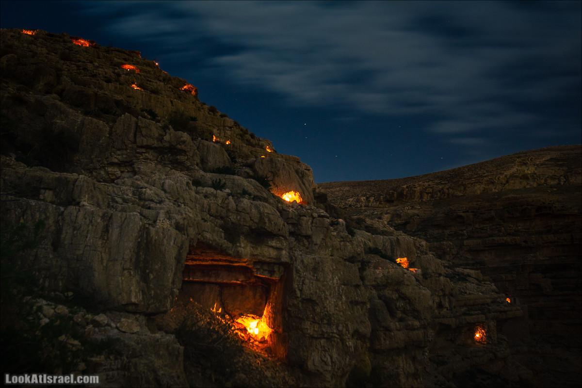 Ночь свечей - День монастыря Май Саба | LookAtIsrael.com - Фото путешествия по Израилю