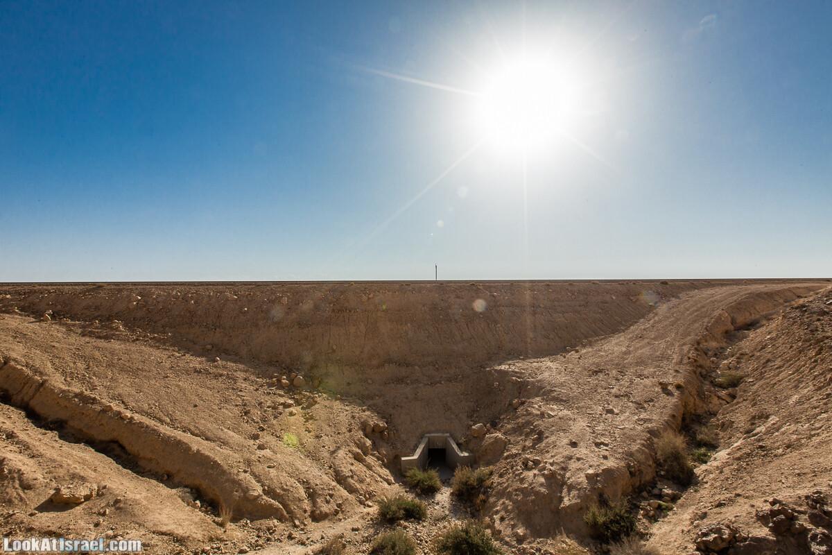 Махтеш Гадоль (Большой кратер) поход и аэро-фото съёмка | Makhtesh gadol (Large crater) | המכתש הכגדול | LookAtIsrael.com - Фото путешествия по Израилю