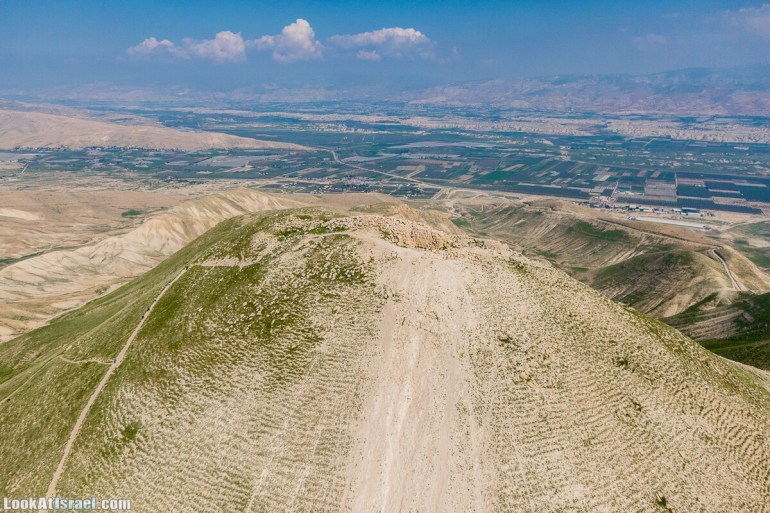 Путешествие по Иудейской пустыне на джипах к горе Сартаба | LookAtIsrael.com - Фото путешествия по Израилю