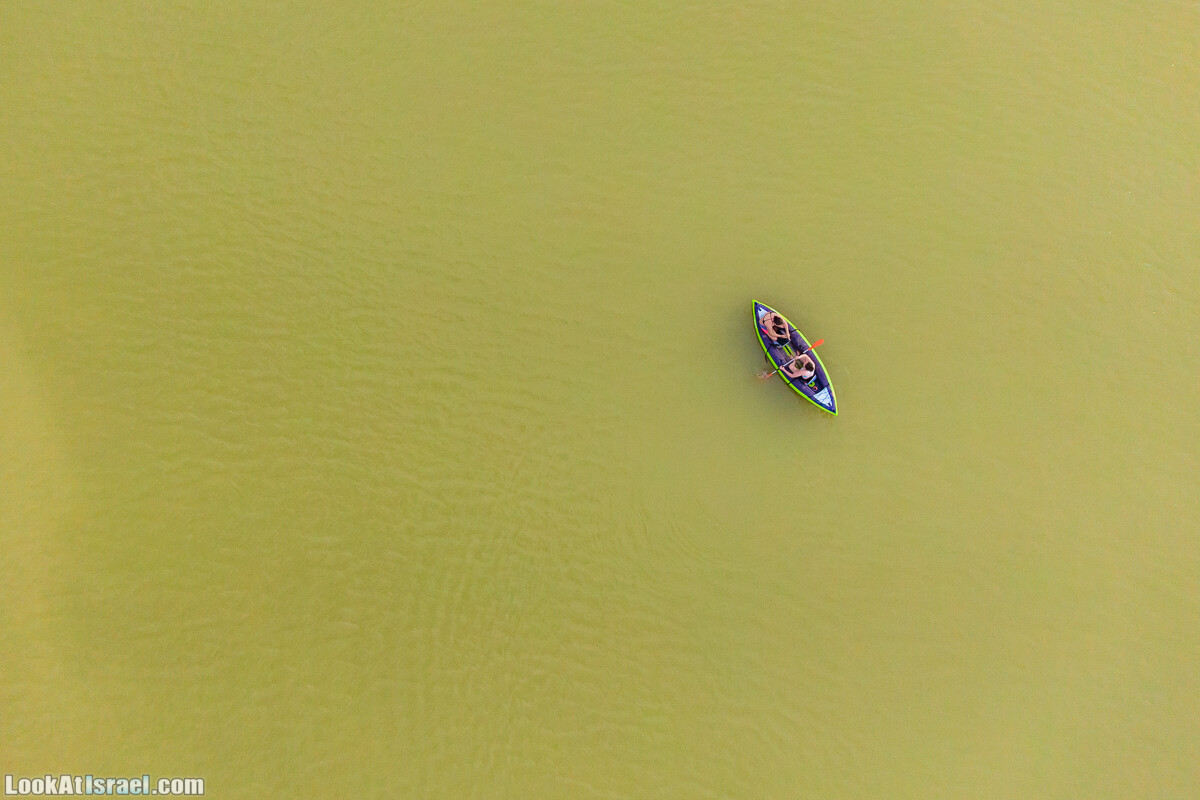 Редкое сезонное озеро в Ницане | LookAtIsrael.com - Фото путешествия по Израилю