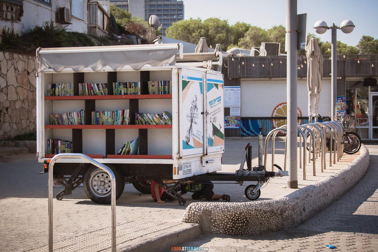 Пляжи и набережная Тель-Авива во время карантина | Lockdown on beaches of Tel Aviv | LookAtIsrael.com - Фото путешествия по Израилю
