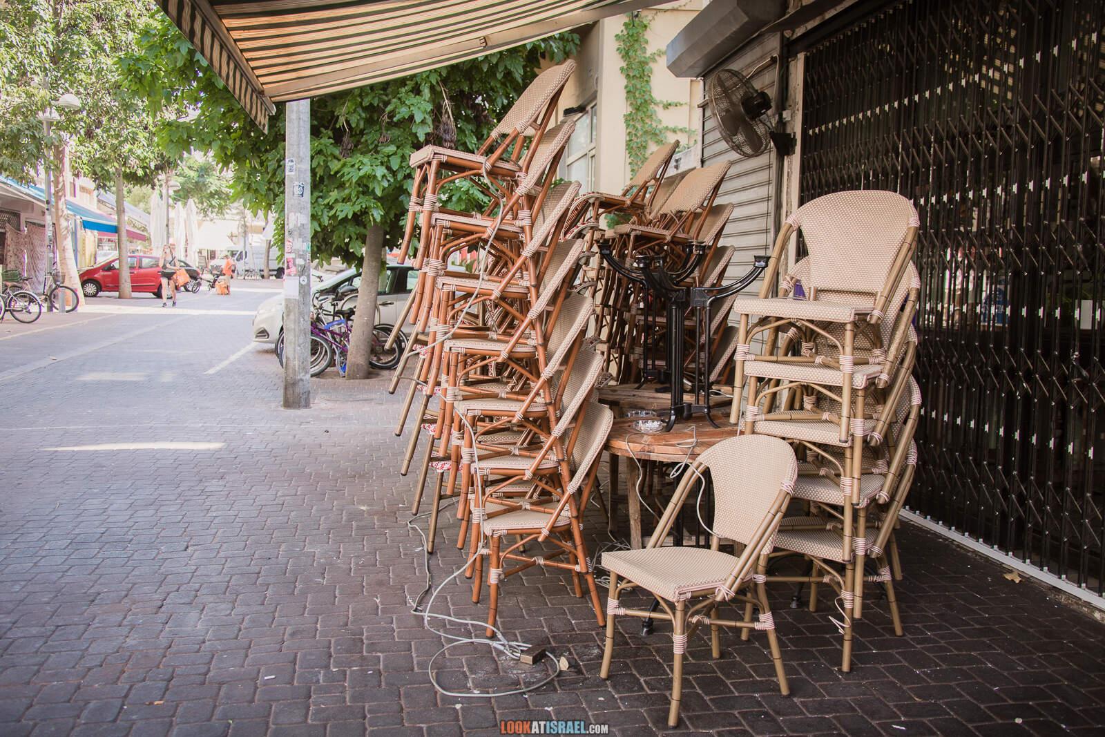 Тель-Авив, улица ремесленников Нахалат Биньямин и рынок Кармель во время карантина   Lockdown on beaches of Tel Aviv   LookAtIsrael.com - Фото путешествия по Израилю