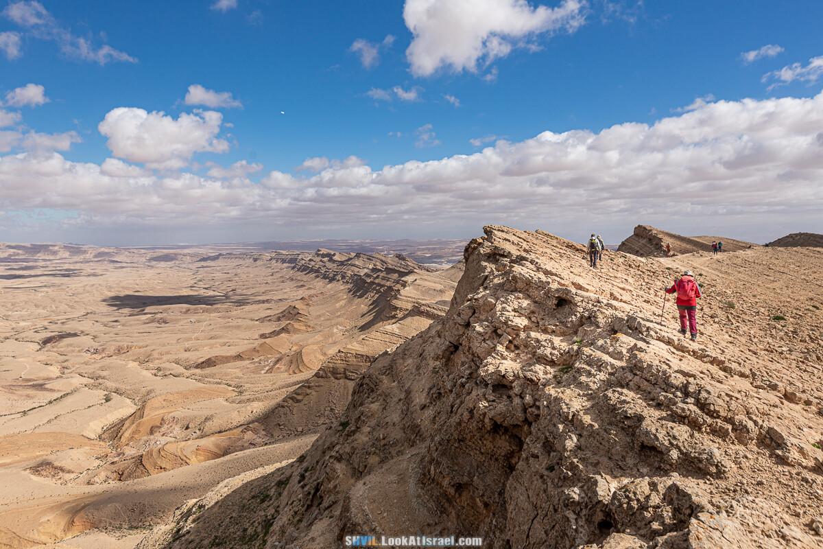 Израильская тропа, участок 32 Гора Карболет   Israel National Trail 32 Mt Karbolet   שביל ישראל, קטע 32- הר כרבולת   shvil.LookAtIsrael.com - Фото путешествия по Израилю