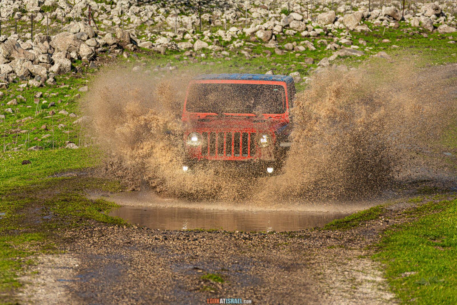 Orange Jeep Wrangler Rubicon, JLUR, OranJew