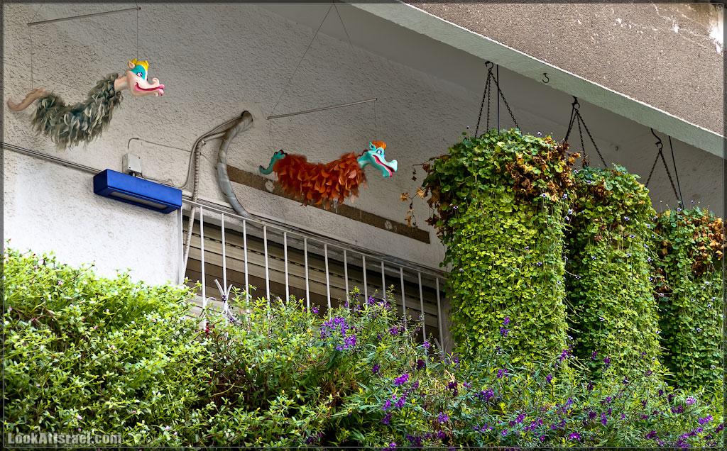 Тель-Авивские балконы   LookAtIsrael.com - Фото путешествия по Израилю