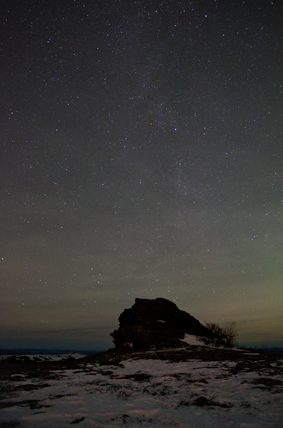 Really cool airglow in the night sky over Murphy Dome.