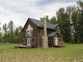Property for sale at 36 Beaver Pond Rd, Twisp,  WA 98856