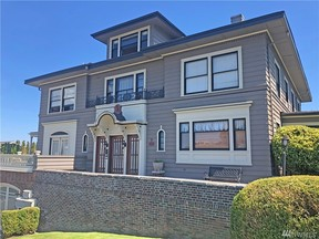 Property for sale at 420 N 4th St, Tacoma,  WA 98403