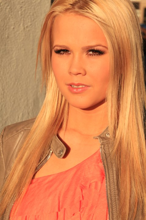 Kendra Shaw Model Hauppauge New York US